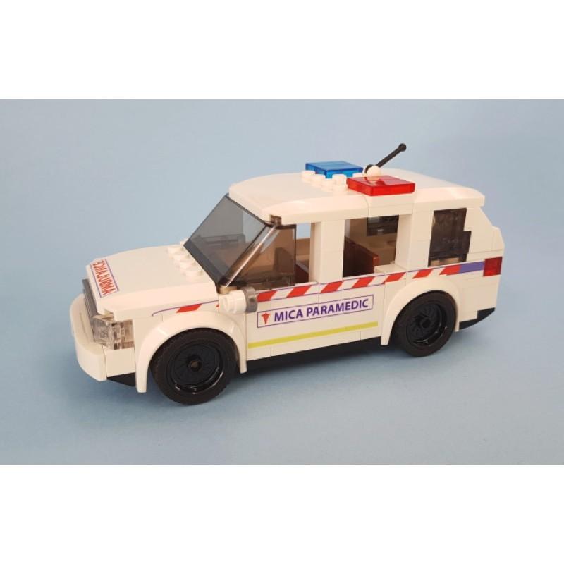 Ambulance Victoria SUV